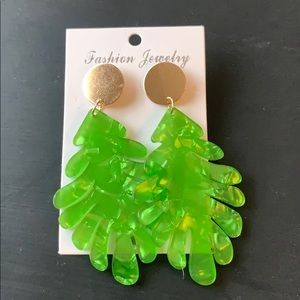 NWT Palm Leaves Earrings